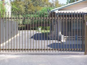 Custom Industrial Commercial Steel Gate